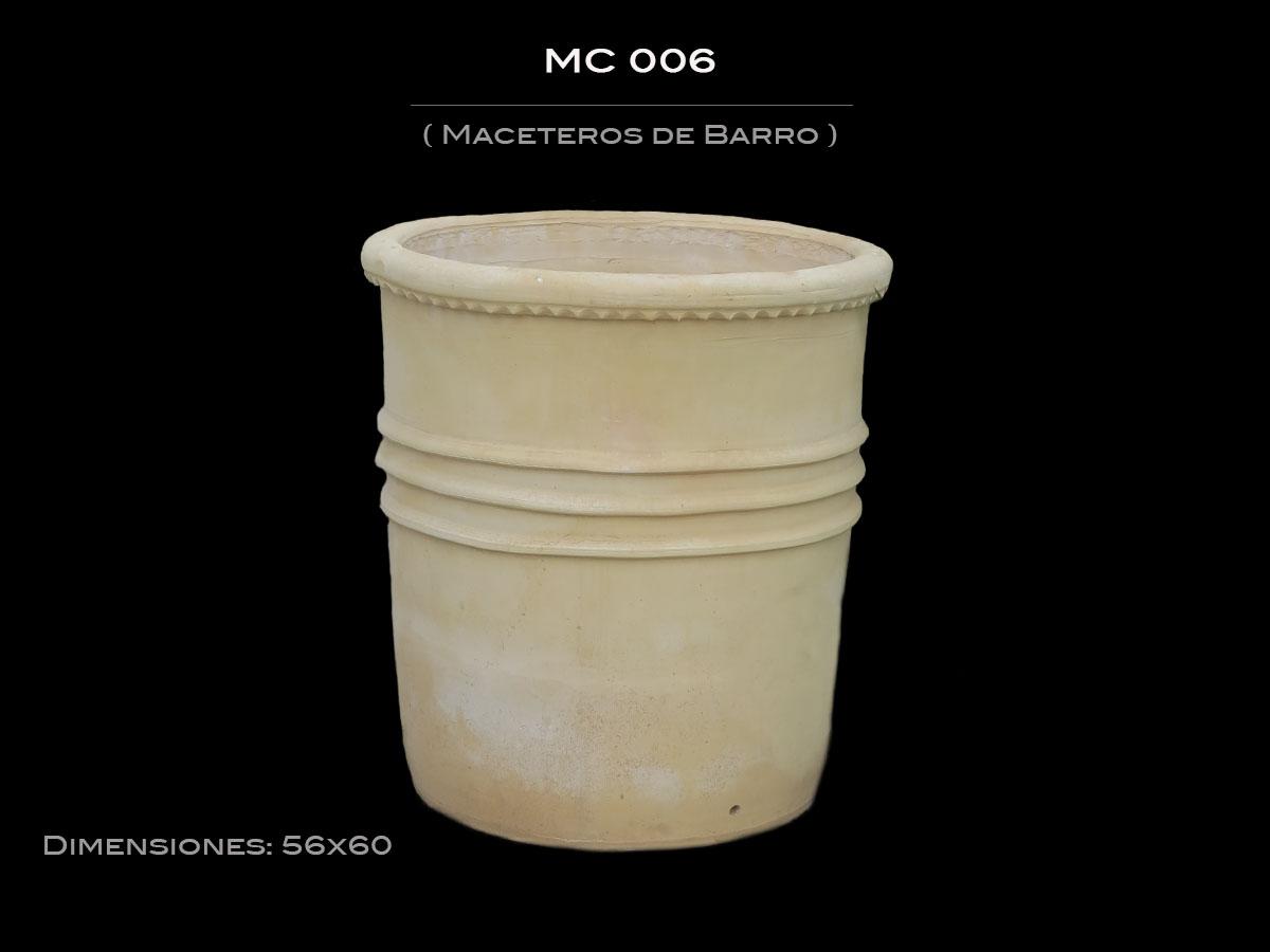 Maceteros de Barro MC 006